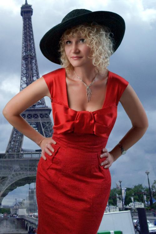 В Париже_a